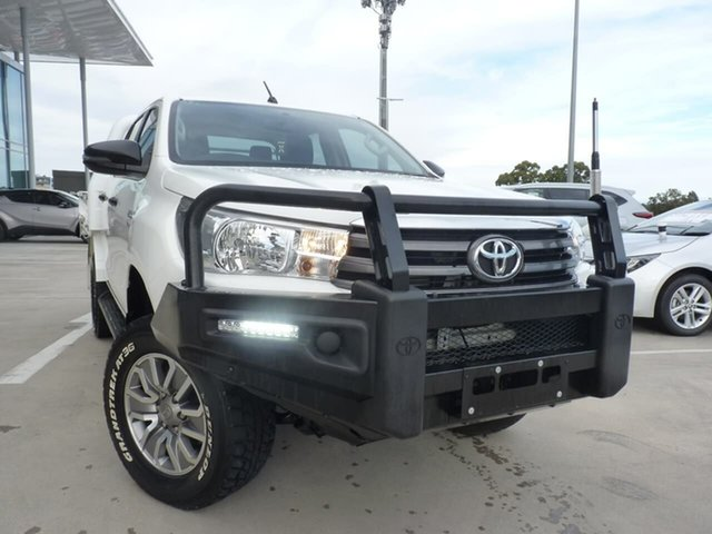 Pre-Owned Toyota Hilux GUN126R SR Double Cab Blacktown, 2018 Toyota Hilux GUN126R SR Double Cab Glacier White 6 Speed Sports Automatic Cab Chassis