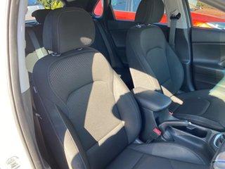 2018 Hyundai i30 PD2 MY19 Active Polar White 6 Speed Manual Hatchback