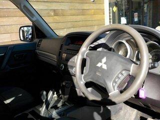 2010 Mitsubishi Pajero NT MY10 GL White 5 Speed Sports Automatic Wagon