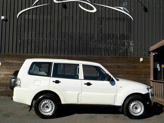 2010 Mitsubishi Pajero NT MY10 GL White 5 Speed Sports Automatic Wagon.