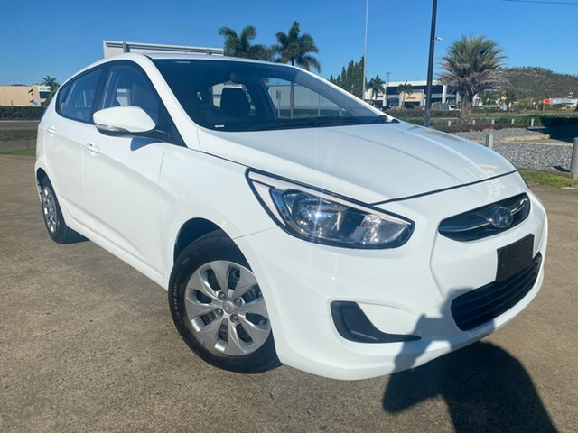 Used Hyundai Accent RB4 MY16 Active Townsville, 2016 Hyundai Accent RB4 MY16 Active White/221216 6 Speed Constant Variable Hatchback