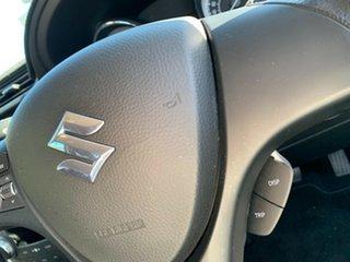 2010 Suzuki Kizashi FR XL Pearl White 6 Speed Manual Sedan
