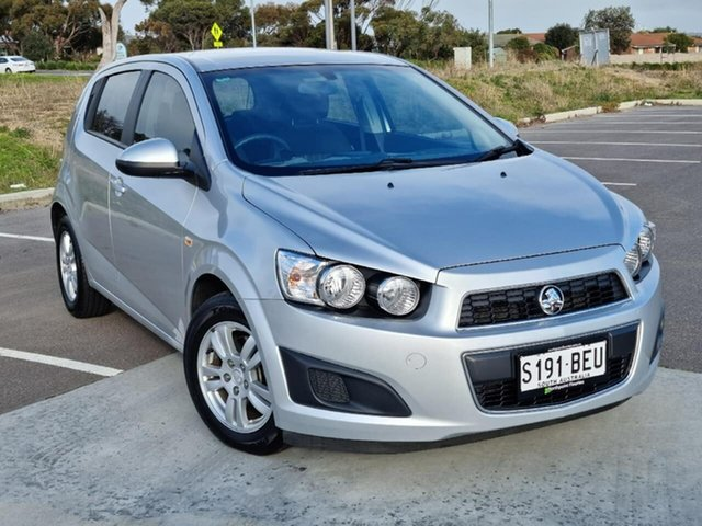 Used Holden Barina TM MY15 CD Victor Harbor, 2014 Holden Barina TM MY15 CD Silver 6 Speed Automatic Hatchback