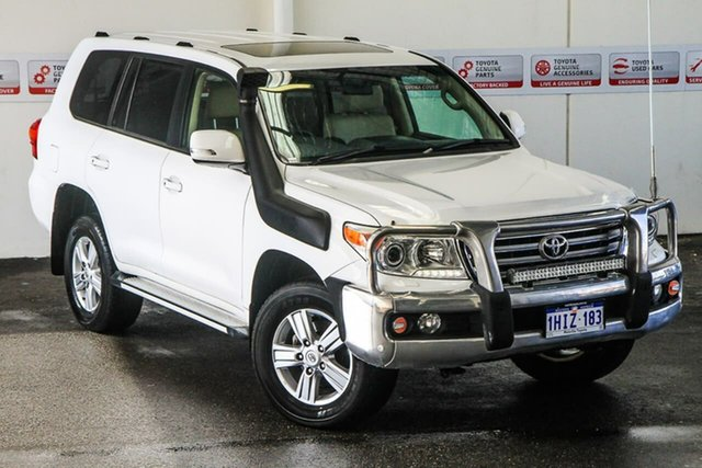 Pre-Owned Toyota Landcruiser VDJ200R MY13 VX (4x4) Myaree, 2013 Toyota Landcruiser VDJ200R MY13 VX (4x4) Glacier White 6 Speed Automatic Wagon