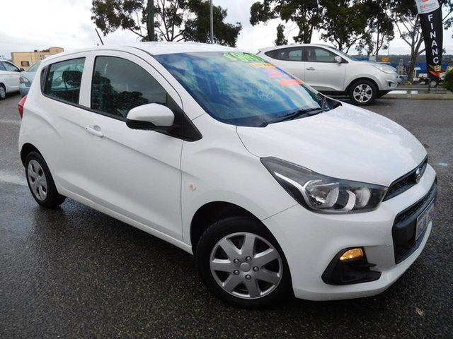 Used Holden Spark MP MY16 LS Wangara, 2016 Holden Spark MP MY16 LS White 5 Speed Manual Hatchback