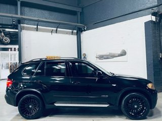 2010 BMW X5 E70 MY10 xDrive48i Steptronic Black 6 Speed Sports Automatic Wagon.