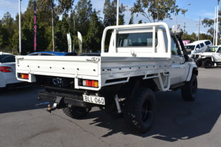 2013 Toyota Landcruiser VDJ79R MY13 Workmate White 5 Speed Manual Cab Chassis.