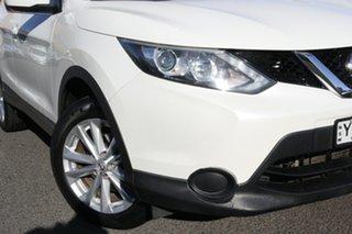 2014 Nissan Qashqai J11 ST White 6 Speed Manual Wagon.