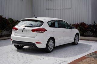 2015 Kia Cerato YD MY15 S Premium White 6 Speed Sports Automatic Hatchback.