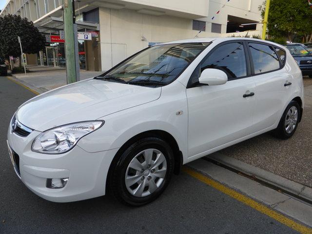 Used Hyundai i30 FD MY10 SX 1.6 CRDi Southport, 2010 Hyundai i30 FD MY10 SX 1.6 CRDi White 4 Speed Automatic Hatchback