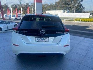 2019 Nissan Leaf ZE1 Ivory White & Diamond Black 1 Speed Reduction Gear Hatchback