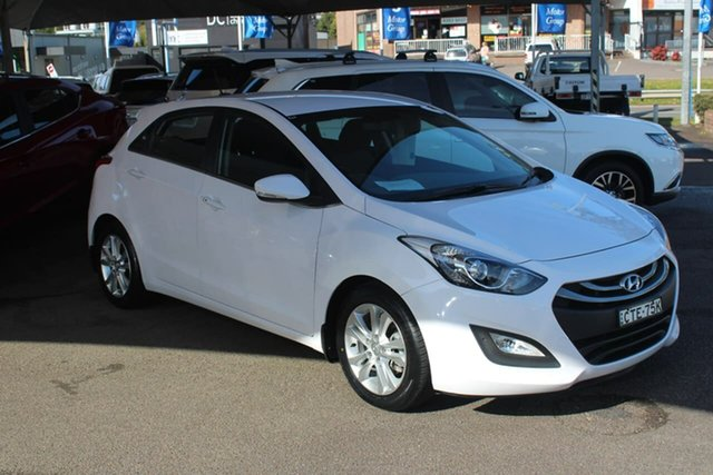 Used Hyundai i30 GD MY14 Elite North Gosford, 2014 Hyundai i30 GD MY14 Elite White 6 Speed Sports Automatic Hatchback