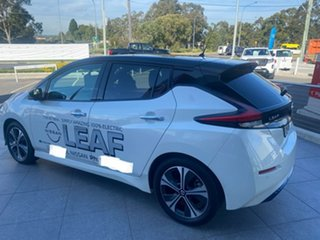 2019 Nissan Leaf ZE1 Ivory White & Diamond Black 1 Speed Reduction Gear Hatchback.