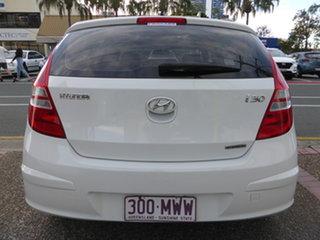 2010 Hyundai i30 FD MY10 SX 1.6 CRDi White 4 Speed Automatic Hatchback