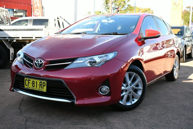 Used Toyota Corolla ZRE182R Ascent Sport Brookvale, 2015 Toyota Corolla ZRE182R Ascent Sport Red 6 Speed Manual Hatchback