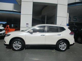 2014 Nissan X-Trail T32 ST 7 Seat (FWD) White Continuous Variable Wagon.