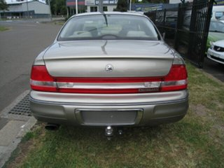2001 Holden Statesman WH II Super Charged Gold 4 Speed Automatic Sedan