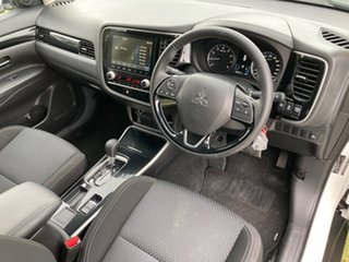 2019 Mitsubishi Outlander ZL MY20 ES 2WD White 6 Speed Constant Variable Wagon.