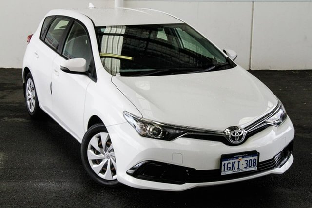 Pre-Owned Toyota Corolla ZRE182R MY17 Ascent Myaree, 2017 Toyota Corolla ZRE182R MY17 Ascent Glacier White 7 Speed CVT Auto Sequential Hatchback