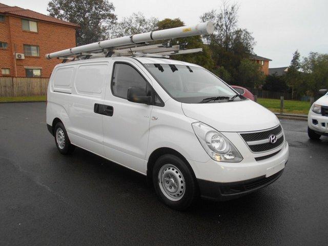 Used Hyundai iLOAD TQ MY14 Bankstown, 2014 Hyundai iLOAD TQ MY14 White 5 Speed Automatic Van