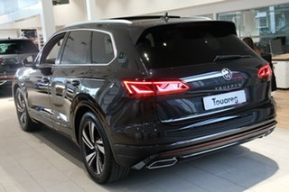 2021 Volkswagen Touareg CR MY21 210TDI Tiptronic 4MOTION R-Line Deep Black Pearl Effect 8 Speed.