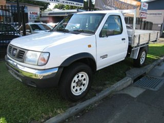 2000 Nissan Navara D22 DX (4x4) White 5 Speed Manual 4x4 Cab Chassis.