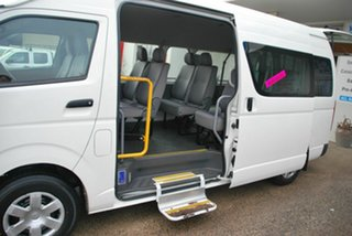 2005 Toyota HiAce TRH223R Commuter White 4 Speed Automatic Bus