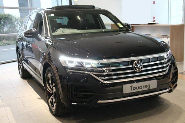 New Volkswagen Touareg CR MY21 210TDI Tiptronic 4MOTION R-Line Indooroopilly, 2021 Volkswagen Touareg CR MY21 210TDI Tiptronic 4MOTION R-Line Deep Black Pearl Effect 8 Speed