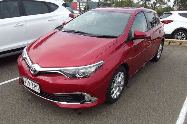 Used Toyota Corolla ZRE182R Ascent S-CVT South Gladstone, 2018 Toyota Corolla ZRE182R Ascent S-CVT Red 7 Speed Constant Variable Hatchback