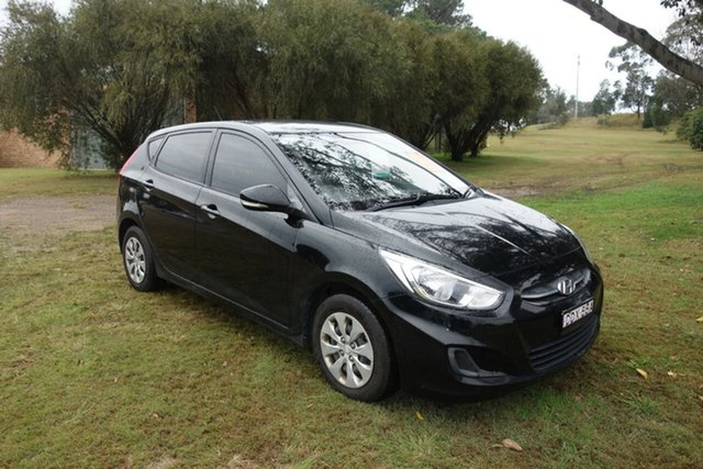 Used Hyundai Accent RB4 MY16 Active East Maitland, 2016 Hyundai Accent RB4 MY16 Active Black 6 Speed Manual Hatchback