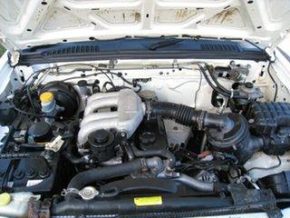 2000 Nissan Navara Finance $52 Per Week White 5 Speed Manual 4x4 Utility