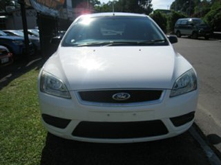 2008 Ford Focus LT 08 Upgrade CL White 4 Speed Automatic Hatchback.