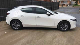 2021 Mazda 3 BP2H7A G20 SKYACTIV-Drive Pure White Pearl 6 Speed Sports Automatic Hatchback