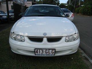 2000 Holden Commodore VTII Executive White 4 Speed Automatic Sedan.