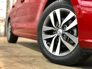 2017 Hyundai i30 PD MY18 Active Red 6 Speed Sports Automatic Hatchback