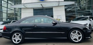 2009 Mercedes-Benz CLK-Class C209 MY08 CLK350 Avantgarde Black 7 Speed Sports Automatic Coupe.