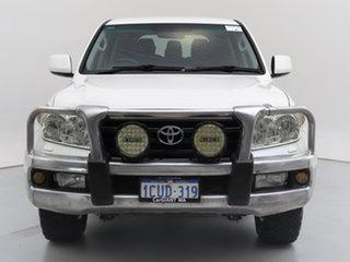 2008 Toyota Landcruiser UZJ200R GXL (4x4) White 5 Speed Automatic Wagon.