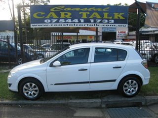 2008 Holden Astra AH Auto 60th Anniversary White 4 Speed Automatic Hatchback.