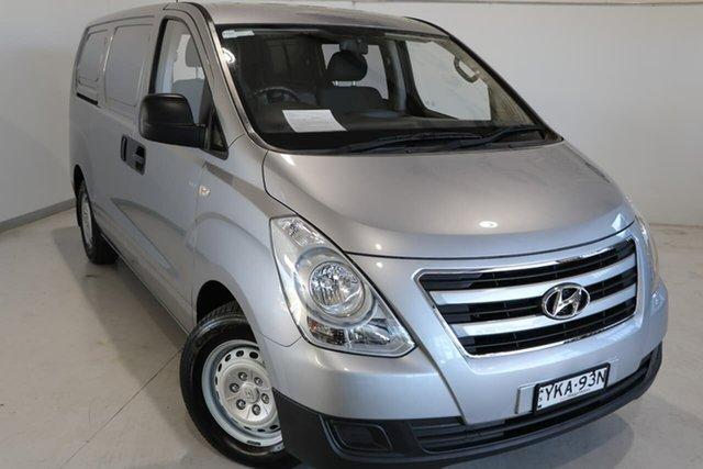 Used Hyundai iLOAD TQ3-V Series II MY17 Wagga Wagga, 2017 Hyundai iLOAD TQ3-V Series II MY17 Silver 5 Speed Automatic Van