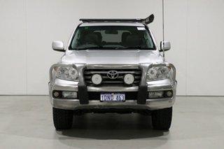 2009 Toyota Landcruiser UZJ200R 09 Upgrade VX (4x4) Silver 5 Speed Automatic Wagon.