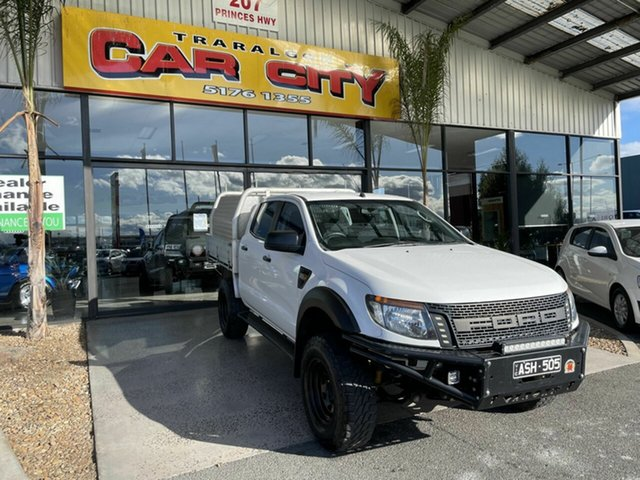Used Ford Ranger PX XL 3.2 (4x4) Traralgon, 2014 Ford Ranger PX XL 3.2 (4x4) White 6 Speed Automatic Dual Cab Chassis