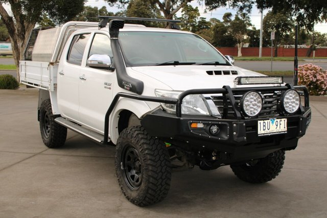 Used Toyota Hilux KUN26R MY14 SR5 (4x4) West Footscray, 2014 Toyota Hilux KUN26R MY14 SR5 (4x4) White 5 Speed Manual Dual Cab Pick-up