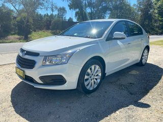2016 Holden Cruze JH Series II MY16 Equipe White 6 Speed Sports Automatic Hatchback.
