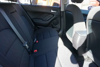 2014 Kia Cerato YD MY14 S Red 6 Speed Manual Hatchback