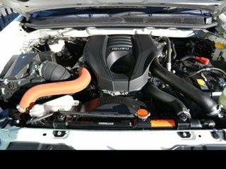 MY 18 D-MAX LST 4X2 CREW AUTO UTILITY HIGH IOR8010