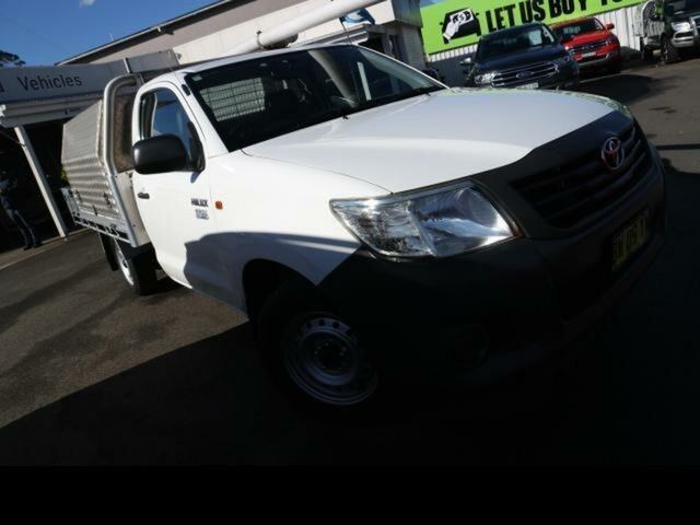 Used Toyota Hilux TGN16R MY14 Workmate Kingswood, 2013 Toyota Hilux TGN16R MY14 Workmate White 5 Speed Manual Cab Chassis