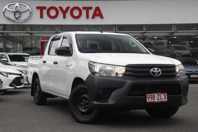 Pre-Owned Toyota Hilux TGN121R Workmate Double Cab 4x2 Upper Mount Gravatt, 2015 Toyota Hilux TGN121R Workmate Double Cab 4x2 White 6 Speed Sports Automatic Utility