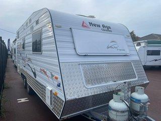 2014 New Age Big Red Caravan