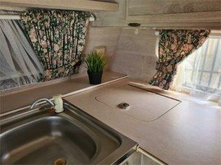 1996 Coromal 580 Caravan