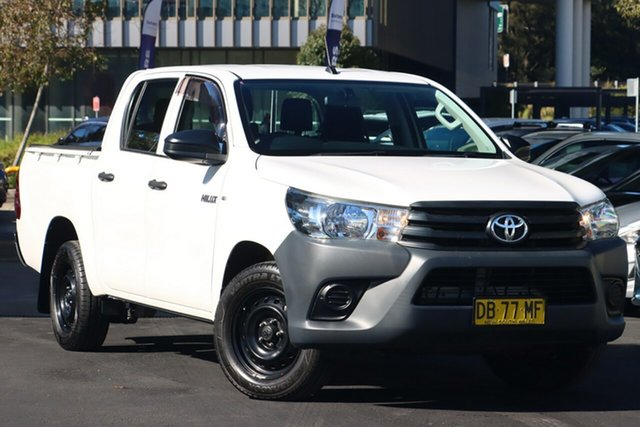 Used Toyota Hilux TGN121R Workmate Double Cab 4x2 Zetland, 2017 Toyota Hilux TGN121R Workmate Double Cab 4x2 White 6 Speed Sports Automatic Utility